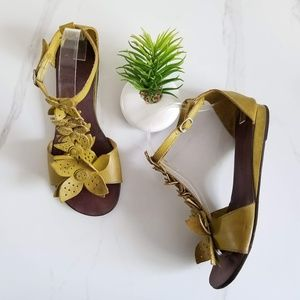 CHOCOLAT BLU Ankle Strap Sandals Green Floral Flat